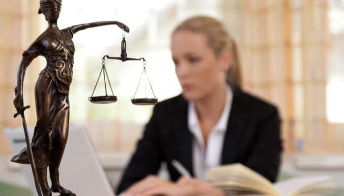 Why You Need an Employee Rights Lawyer During COVID-19